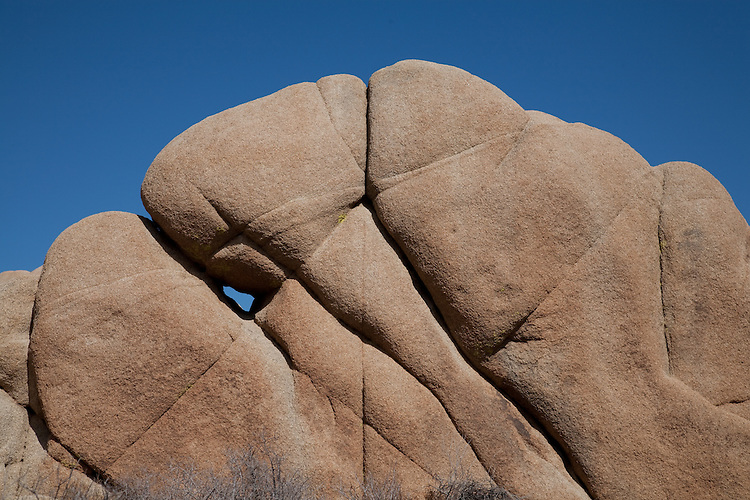 Rock formations in Joshua Tree National Park in the desert of Southern California.