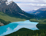 Banff National Park, Alberta, Canada    <br /> Peyto Lake and Mount Patterson at Bow pass with a view towards the Mistaya River valley in the Canadian Rockies.
