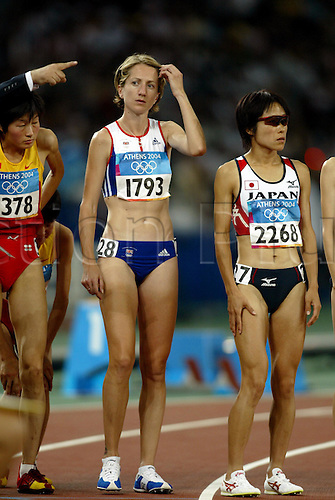27 August 2004: British runner KATHY BUTLER (1793) on the start line before the women's 10,000 metres Final. Olympic Games, Athens, Greece. Photo: Glyn Kirk/Action Plus...athletics distance woman olympics 040827 GBR
