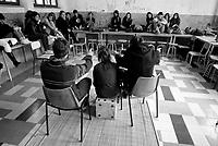 Milano, occupazione e autogestione del Liceo Artistico Statale di Brera per protestare contro la riforma dell'istruzione. Un collettivo di teatro --- Milan, occupation and self-management of Brera art high school as a protest against the school reform. A theatre collective