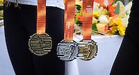 RIO DE JANEIRO, RJ, 05.06.2016 - ATLETISMO-RJ - Medalhas entregues durante a premiação do desafio Mano a Mano, na Quinta da Boa Vista, na manhã deste domingo, 05.  (Foto: Jayson Braga / Brazil Photo Press)