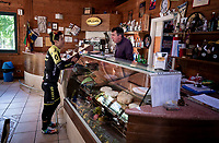 Esteban Chavez (COL/Mitchelton-Scott) ordering coffees during the restday training ride aka 'coffee ride'<br /> <br /> restday 1 (20 may) of the 102nd Giro d'Italia 2019<br /> <br /> ©kramon