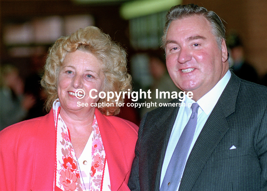 Geoffrey Dickens, MP, politician, Conservative Party, UK, with his wife at annual conference, Bournemouth. 19901053GD1.<br />
