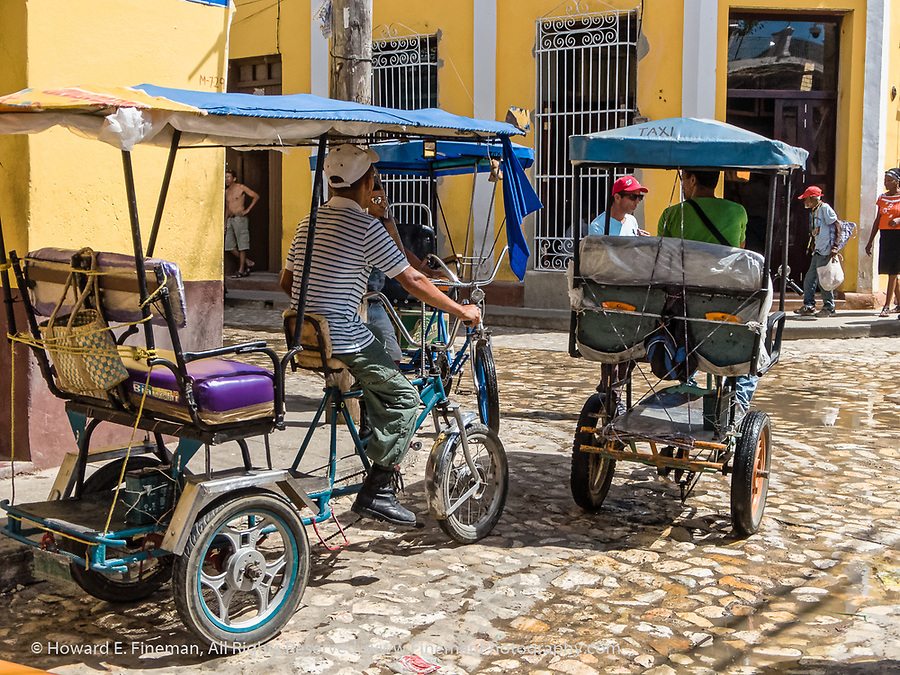 Bike taxis in Trinidad