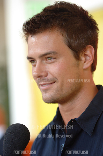Actor JOSH DUHAMEL at cocktail party in Beverly Hills for the new season of the NBC TV series Las Vegas in which he stars..July 24, 2005  Los Angeles, CA.© 2005 Paul Smith / Featureflash