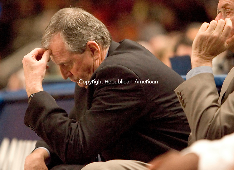 NEW YORK, NY--07 MARCH 2007--030707JS09-UConn Head Coach Jim Calhoun reacts to his teams play during their 78-65 loss to Syracusein the Big East tournament game Wednesday at Madison Square Garden in New York City. <br /> Jim Shannon / Republican-American