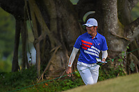 Yung-Hua LIU (TPE) smiles as he makes his way to the tee on 18 during Rd 1 of the Asia-Pacific Amateur Championship, Sentosa Golf Club, Singapore. 10/4/2018.<br /> Picture: Golffile | Ken Murray<br /> <br /> <br /> All photo usage must carry mandatory copyright credit (&copy; Golffile | Ken Murray)