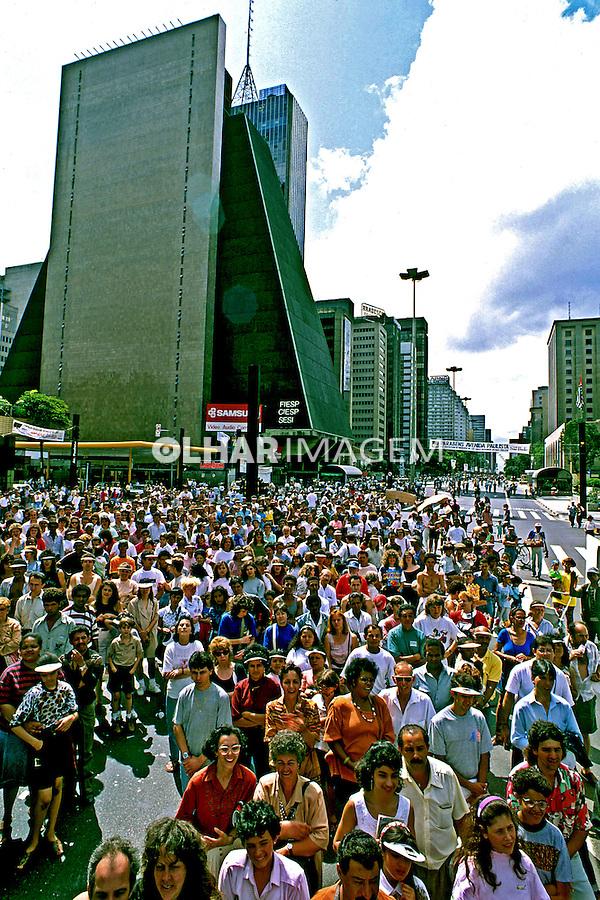 Comemoração do Aniversário de 100 anos da Avenida Paulista. São Paulo. 1991. Foto de Juca Martins.