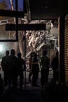 Más de 220 muertos por el potente terremoto de magnitud 7,1 que sacudió el centro de México el día del aniversario del gran sismo de 1985.Miles de ciudadanos civiles esta ayudando en las labores de rescate en busca de personas vivas bajo los escombros de edificios colapsados. <br /> (Foto: RubenDario Betancourt/TattùMedia/NortePhoto.com<br /> <br /> More than 220 dead by the powerful earthquake of magnitude 7,1 that shook the center of Mexico the day of the anniversary of the great earthquake of 1985. Thousands of civil citizens are helping in the rescue work in search of alive people under the rubble of buildings collapsed.<br /> (Foto: RubenDario Betancourt/TattùMedia/NortePhoto.com