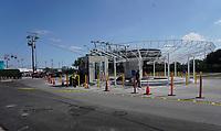 neugebaute Seilbahn vom VIP Parkplatz zum VIP Eingang des Hard Rock Stadium bei den Vorbereitungen auf den Super Bowl LIV am 2. Februar zwischen den Kansas City Chiefs und San Francisco 49ers - 22.01.2020: SB LIV im Hard Rock Stadium Miami