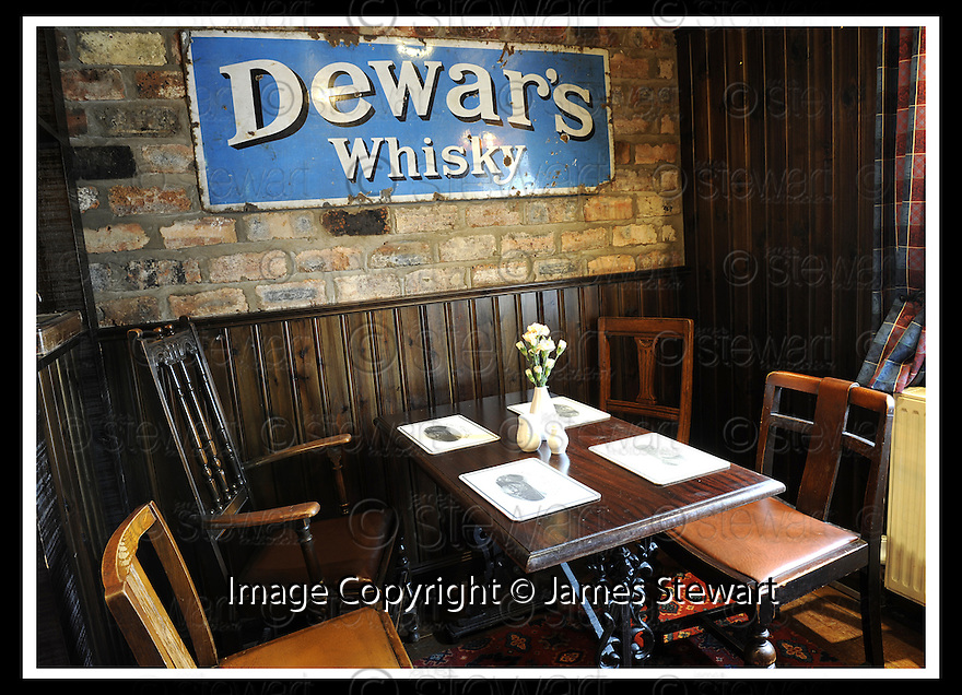 31/08/2009  Copyright  Pic : James Stewart.15_bridge_inn  .:: BRIDGE INN, TILLICOULTRY :: LOUNGE :: .James Stewart Photography 19 Carronlea Drive, Falkirk. FK2 8DN      Vat Reg No. 607 6932 25.Telephone      : +44 (0)1324 570291 .Mobile              : +44 (0)7721 416997.E-mail  :  jim@jspa.co.uk.If you require further information then contact Jim Stewart on any of the numbers above.........