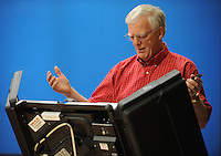 NWA Democrat-Gazette/ANDY SHUPE<br /> Jeff Williams votes Tuesday, Sept. 15, 2015, in the school board election at the Yvonne Richardson Community Center in Fayetteville.