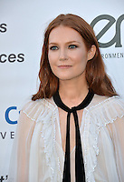 BURBANK, CA. October 22, 2016: Darby Stanchfield at the 26th Annual Environmental Media Awards at Warner Bros. Studios, Burbank.<br /> Picture: Paul Smith/Featureflash/SilverHub 0208 004 5359/ 07711 972644 Editors@silverhubmedia.com