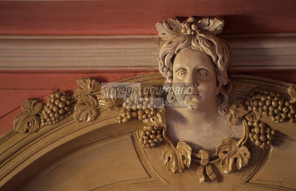 Europe/France/Centre/37/Indre-et-Loire/Villandry : Le château - Détail de la salle à manger en hommage aux vins de Touraine