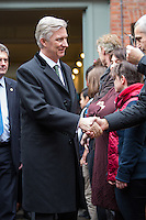Le roi Philippe de Belgique et la reine Mathilde de Belgique lors d'une visite de No&ecirc;l au centre d'aide sociale &quot; Chamb&eacute;ry &quot;, &agrave; Bruxelles.<br /> Belgique, Bruxelles, le 22 d&eacute;cembre 2016.<br /> King Philippe of Belgium, Queen Mathilde of Belgium during a Christmas Royal visit of  ' Chambery ', welfare center in Brussels.<br /> Belgium, Brussels, 22 December 2016