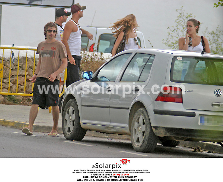 ALL ROUND EXCLUSIVE PICTURES BY SOLARPIX.COM 09.08.06.There was no sign of Petra Nemcova as James Blunt became intimate and cosy with a mystery brunette on a Spanish beach yesterday.  JOB REF:2696-ITY.MUST CREDIT SOLARPIX.COM OR DOUBLE FEE WILL BE CHARGED.....
