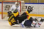03.01.2020, BLZ Arena, Füssen / Fuessen, GER, IIHF Ice Hockey U18 Women's World Championship DIV I Group A, <br /> Italien (ITA) vs Deutschland (GER), <br /> im Bild Alina Leveringhaus (GER, #24) wurde von Anna Caumo (ITA, #8) gefoult<br /> <br /> Foto © nordphoto / Hafner