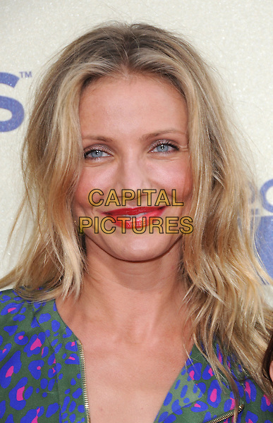 CAMERON DIAZ.The 2009 MTV Movie Awards held at Universal Ampitheatre  in Universal City, California, USA..May 31st, 2009 .headshot portrait red lipstick blue purple green pink pattern .CAP/DVS.©Debbie VanStory/Capital Pictures.