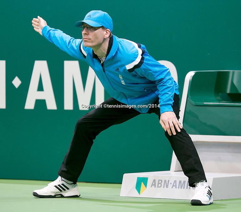 11-02-14, Netherlands,Rotterdam,Ahoy, ABNAMROWTT,linesman<br /> Photo:Tennisimages/Henk Koster