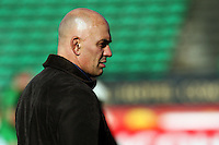 Manawatu doctor Ra Durie during the Air NZ Cup preseason match between Manawatu Turbos and Wellington Lions at FMG Stadium, Palmerston North, New Zealand on Friday, 17 July 2009. Photo: Dave Lintott / lintottphoto.co.nz