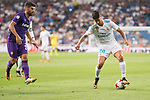 Real Madrid's Marco Asensio and Fiorentina's Marco Benassi during XXXVIII Santiago Bernabeu Trophy at Santiago Bernabeu Stadium in Madrid, Spain August 23, 2017. (ALTERPHOTOS/Borja B.Hojas)