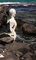 A Hawaiian statue in Pu'uhonua o Honaunau National Historical Park (City of Refuge), Big Island.