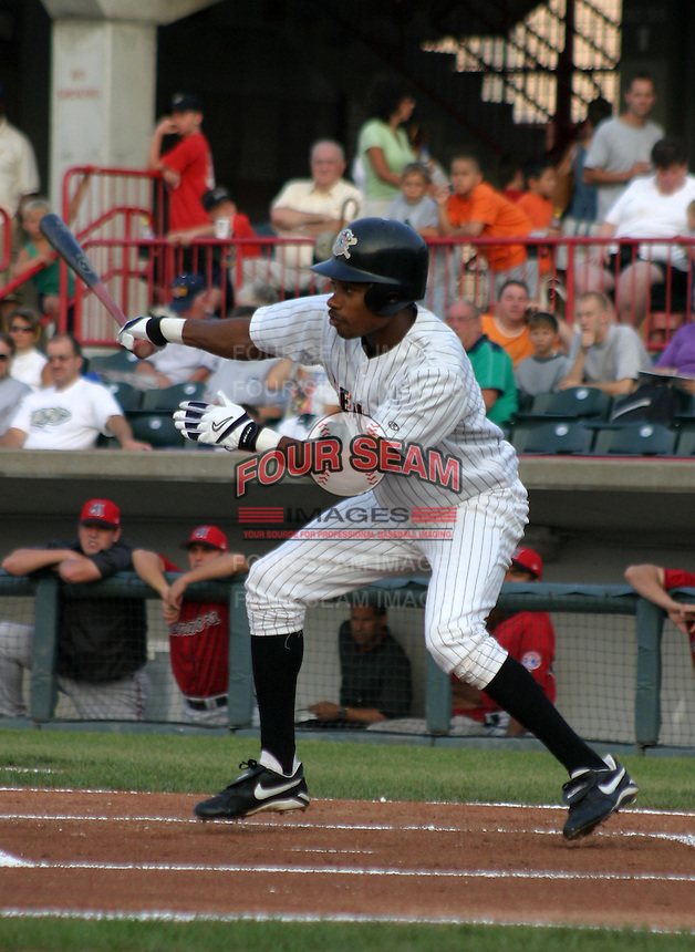 August 20, 2003:  Nook Logan of the Erie Seawolves, Class-AA affiliate of the Detroit Tigers, during a Eastern League game at Jerry Uht Park in Erie, PA.  Photo by:  Mike Janes/Four Seam Images