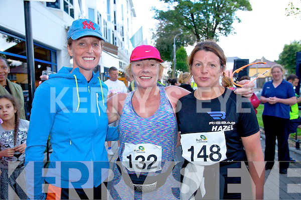 Elma McElligott, Catriona O'Sullivan, Hazel Wharton at the Born to Run Ultra Marathon on Saturday