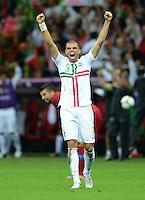 FUSSBALL  EUROPAMEISTERSCHAFT 2012   VIERTELFINALE Tschechien - Portugal              21.06.2012 Pepe (Portugal) jubelt