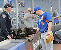 David Wright (Mets),<br /> MAY 15, 2014 - MLB :<br /> David Wright of the New York Mets pets a police dog before the Major League Baseball game against the New York Yankees at Citi Field in Flushing, New York, United States. (Photo by AFLO)