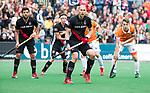 BLOEMENDAAL   - Hockey - Justin Reid-Ross(A'dam)    3e en beslissende  wedstrijd halve finale Play Offs heren. Bloemendaal-Amsterdam (0-3).     Amsterdam plaats zich voor de finale.  COPYRIGHT KOEN SUYK