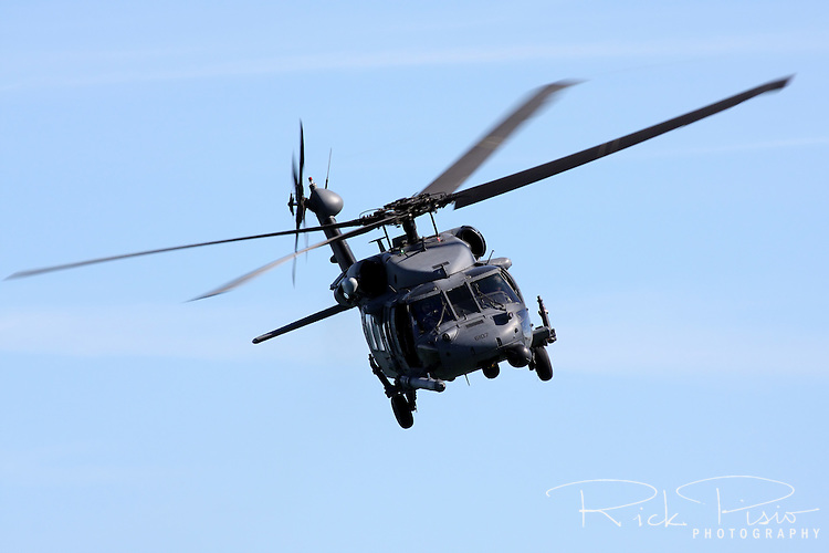 MH-60G Blackhawk CSAR Combat Search & Rescue Helicopter (USAF 88-26107), operated by the California Air National Guard's 129th Rescue Wing out of Moffett Federal Airfield in California, in flight during the 2010 San Francisco Fleet Week Airshow.