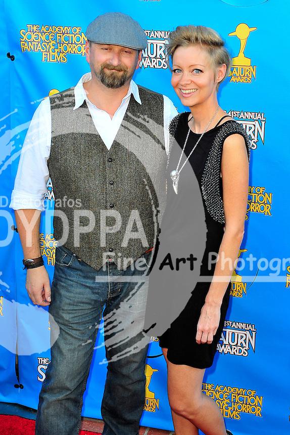 Neil Marshall mit Begleitung bei der Verleihung der 41. Saturn Awards im Castaway. Burbank, 25.06.2015