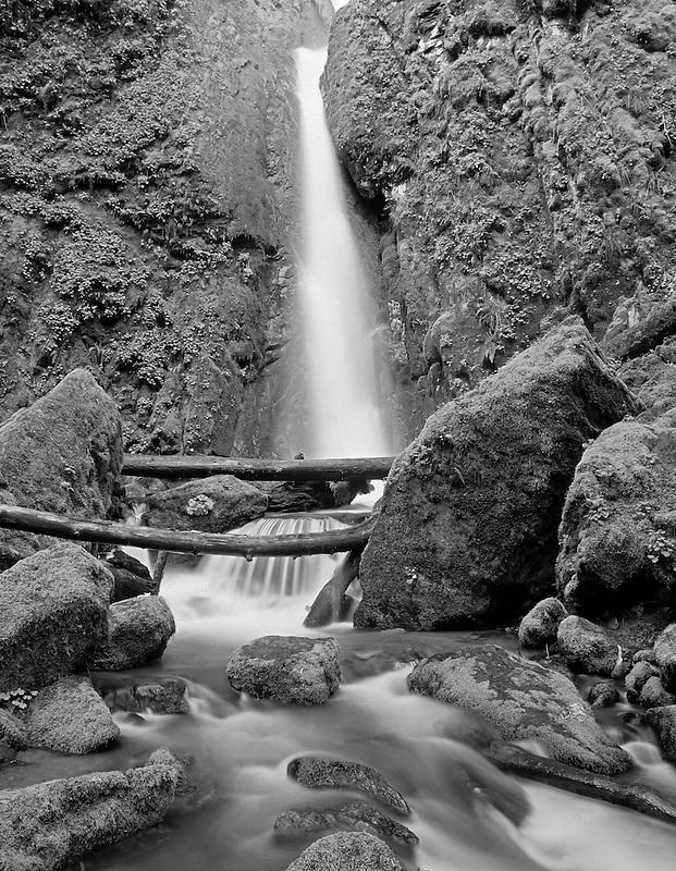 Soda Creek Falls. Cascadia State Park. Oregon.