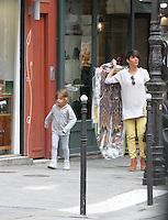 Florence Foresti, sa fille et son papa - PHOTOS EXCLUSIVES