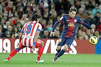 ATENCAO EDITOR IMAGEM EMBARGADA PARA VEICULOS INTERNACIONAIS - BARCELONA, ESPANHA, 16 DEZEMBRO 2012 - Jordi Alba (D) jogador do Barcelona durante partida contra o Atletico de Madrid pela 16 Rodada do Campeonato Espanhol no Camp Nou em Barcelona capital da Catalunha na Espanha. (FOTO: ALFAQUI / BRAZIL PHOTO PRESS).