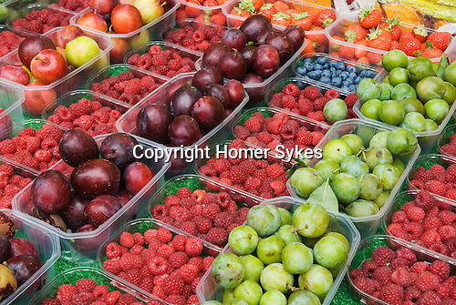 Farmers Market, Queens Park, north London. Uk 2007