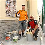 Artan e Luan Ujkaj, muratori albanesi, ritratti sul posto di lavoro. <br /> Albanian football players in Balon Mundial, tournament for immigrants living in Piedmont.