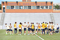 Prior to playing Manchester City in a friendly game at Busch Stadium, home of the St Louis Cardinals baseball team, Chelsea held a closed practice at Robert R Hermann Stadium on the campus of Saint Louis University.Chelsea players training.