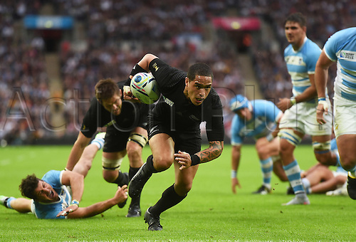 20.09.2015. London, England. Rugby World Cup. New Zealand versus Argentina.  Aaron Smith charges forward with the ball during the Rugby World Cup 2015 match Wembley Stadium in London, UK.