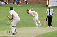 R Brabner of Harold Wood bowls to J Walter - Harold Wood CC vs Shenfield CC - Essex Cricket League at Harold Wood Park - 27/06/09- MANDATORY CREDIT: Gavin Ellis/TGSPHOTO - Self billing applies where appropriate - 0845 094 6026 - contact@tgsphoto.co.uk - NO UNPAID USE.
