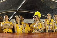 RIO DE JANEIRO, RJ, 07 DE MARÇO 2011 - CARNAVAL RJ / VILA ISABEL - Xorodó , Noeli Lima, Sandy e Feranda Fernandes durante desfile  Vila Isabel, no primeiro dia de Desfile das Escolas de Samba do Grupo Especial do Rio de Janeiro, na Marquês de Sapucaí (Sambódromo), no centro do Rio de Janeiro, na madrugada desta segunda-feira. (FOTO: VANESSA CARVALHO / NEWS FREE).