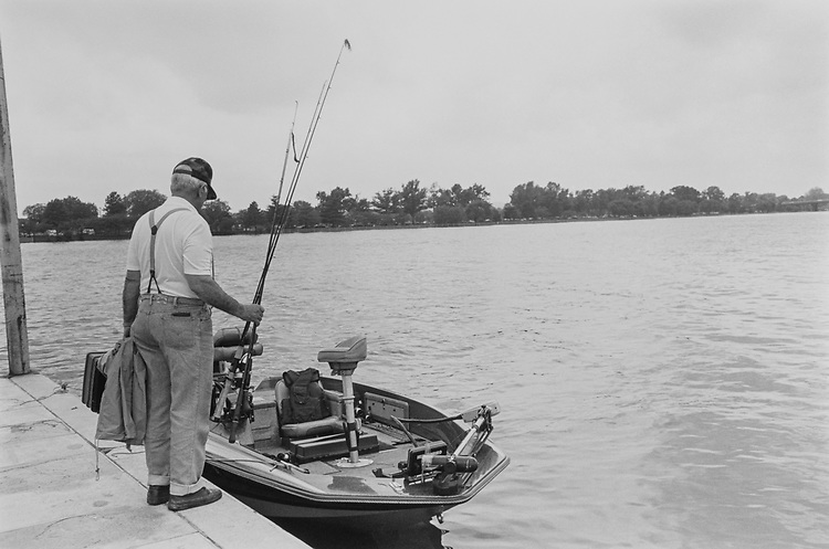 Former Rep. Arlan Stangeland, R-Minn., eager to start. His son, Brian, was also with him fishing on May 9, 1991. (Photo by Laura Patterson/CQ Roll Call)