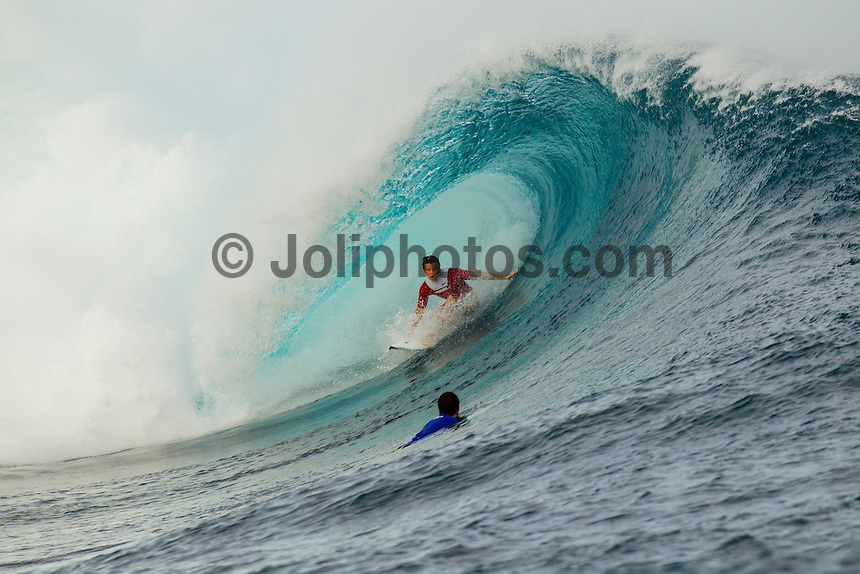 CLOUDBREAK, Tavarua/Fiji (Monday, June 4, 2012) Julian Wilson (AUS) - Free surfing at Cloudbreak. Warm up sessions during the Volcom Fiji Pro.  Photo: joliphotos.com