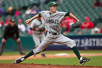 Hawaii Rainbow Warriors pitcher Tyler Brashears (27) delivers a pitch to the plate during the NCAA baseball game against the Nebraska Cornhuskers on March 7, 2015 at the Houston College Classic held at Minute Maid Park in Houston, Texas. Nebraska defeated Hawaii 4-3. (Andrew Woolley/Four Seam Images)