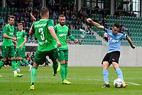 RODINGHAUSEN, Voetbal, Rodinghausen - FC Groningen, voorbereiding  seizoen 2017-2018, 15-07-2017, FC Groningen speler Oussama Idrissi legt aan voor een schot