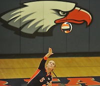 NWA Democrat-Gazette/MICHAEL WOODS • @NWAMICHAELW<br /> Heritage High vs Bentonville volleyball Tuesday September 22, 2015 at Heritage High School.