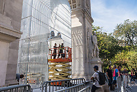 """New York, USA. 5 Oct, 2017. Construction continues for Ai Weiwei's sculptural installation """"Good Fences Make Good Neighbors."""" The installation 300 sculptures at various locations throughout New York City which opens 12 Oct is slated to run through February, in conjunction with the Public Art Fund's 40 anniversary. According to Chinese dissident and human rights activist Ai Weiwei, the work is Inspired by the international migration crisis and current global geopolitical landscape Credit: Stacy Walsh Rosenstock/Alamy Live News"""
