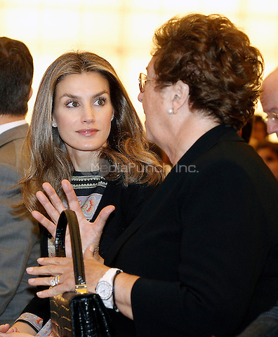 MADRID, SPAIN - OCTOBER 17: Princess Letizia of Spain and Prince Felipe of Spain attend the 'Casa Del Lector' inauguration at Matadero Build on October 17, 2012 in Madrid, Spain. Credit: Alvaro/AlterPhoto/NortePhoto/MediaPunch Inc. *** FOR USA ONLY***