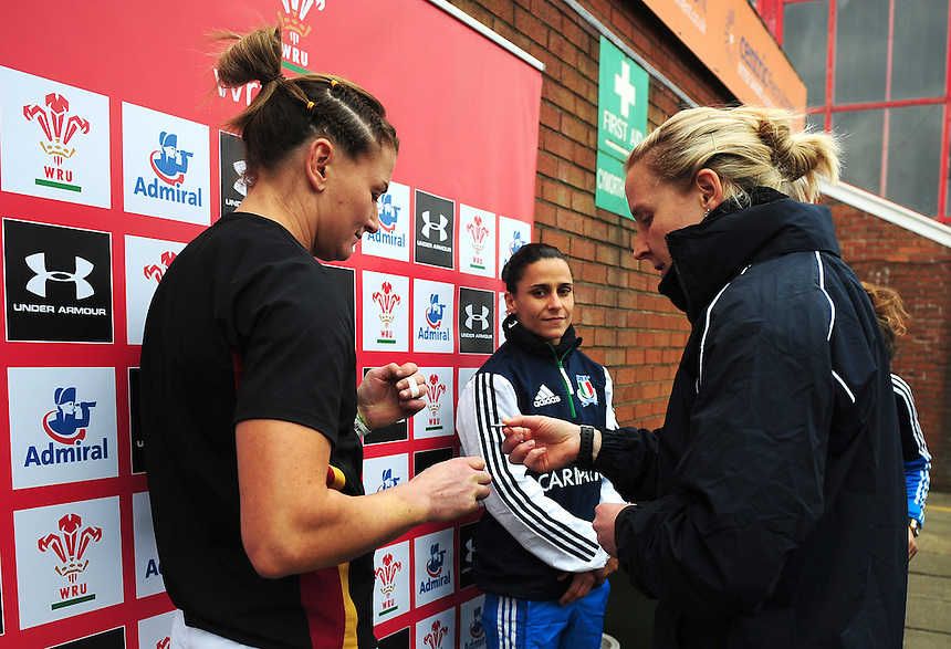 Wales&rsquo; Rachel Taylor and Italy&rsquo;s Sara Barattin with Referee Joy Neville during the coin toss<br /> <br /> Photographer Kevin Barnes/CameraSport<br /> <br /> International Women's Rugby Union - RBS Women's Six Nations Championships 2016 Round 5 - Wales Women v Italy Women - Sunday 20th March 2016 - Aberavon RFC, Port Talbot<br /> <br /> &copy; CameraSport - 43 Linden Ave. Countesthorpe. Leicester. England. LE8 5PG - Tel: +44 (0) 116 277 4147 - admin@camerasport.com - www.camerasport.com